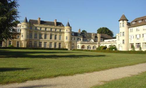 Colegio americano en París -  el castillo de Verneuil-sur-Seine